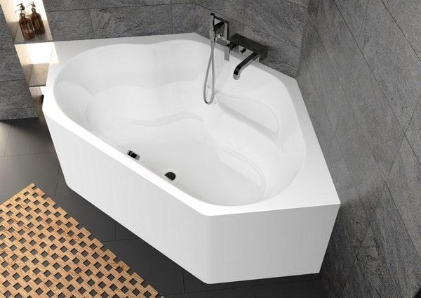 Read more about the article Ванни RIHO Plug & Play: акрилова ванна з монолітною панеллю