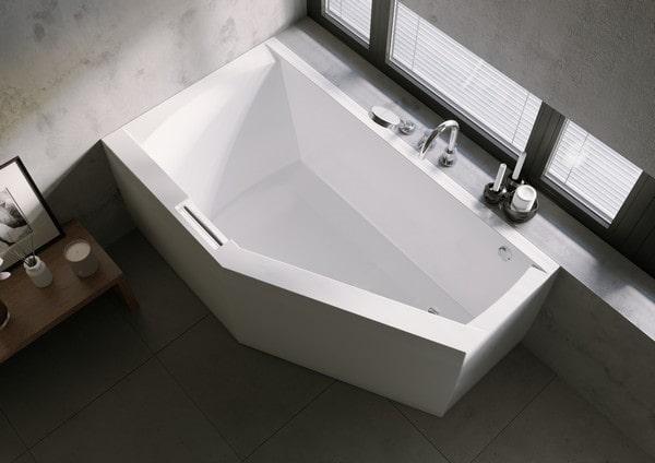 Ванни RIHO Plug & Play: акрилова ванна з монолітною панеллю